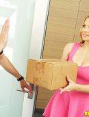 Sloan Harper special delivery