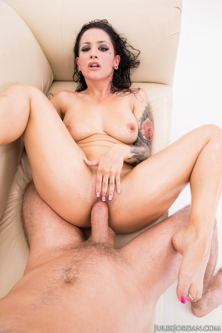 Ashley fires hungry for good anal